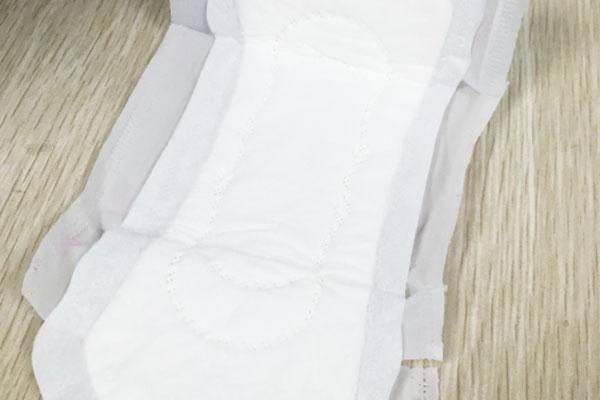 女性使用�l生巾的全攻略