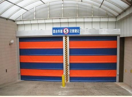 地下车库门安装
