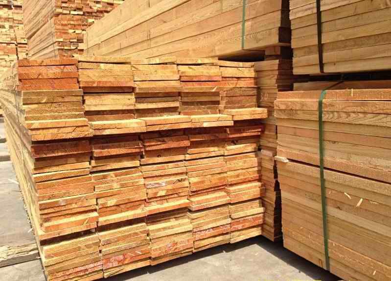 建筑工地木方