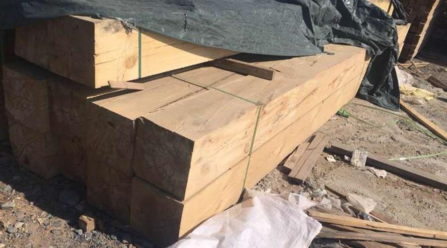 新疆实木板材价格