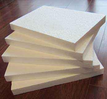 新疆聚氨酯保温板简述导致外墙保温材料老化的因素有哪些?