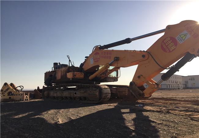 新疆工程机械01