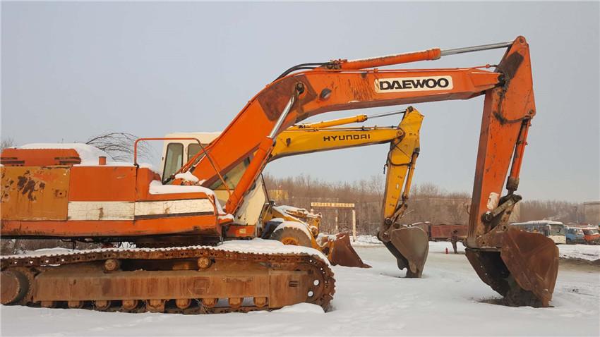 新疆挖掘机职业培训