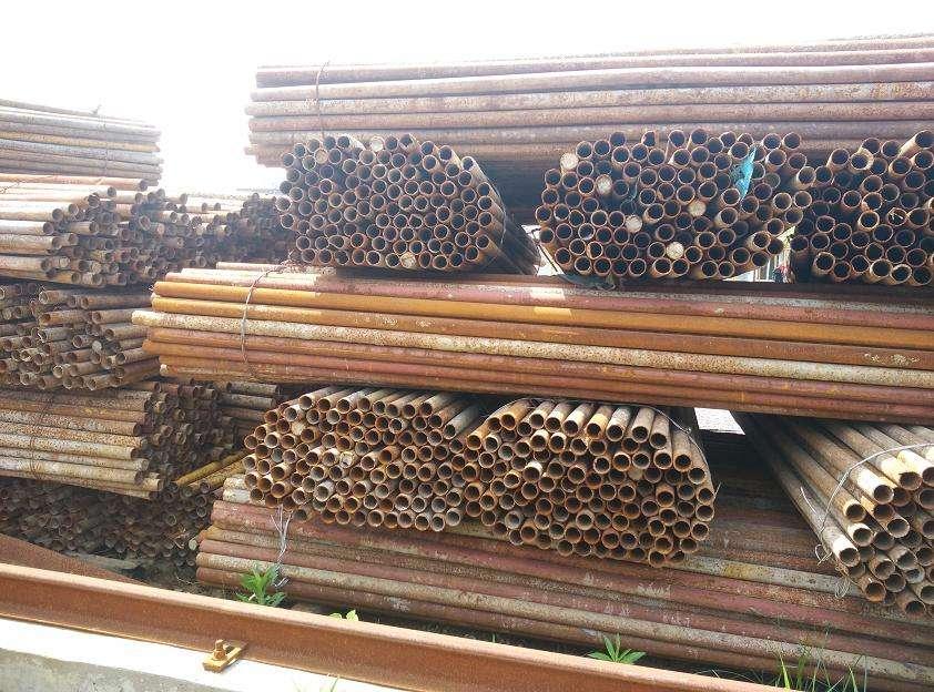 新疆钢管批发