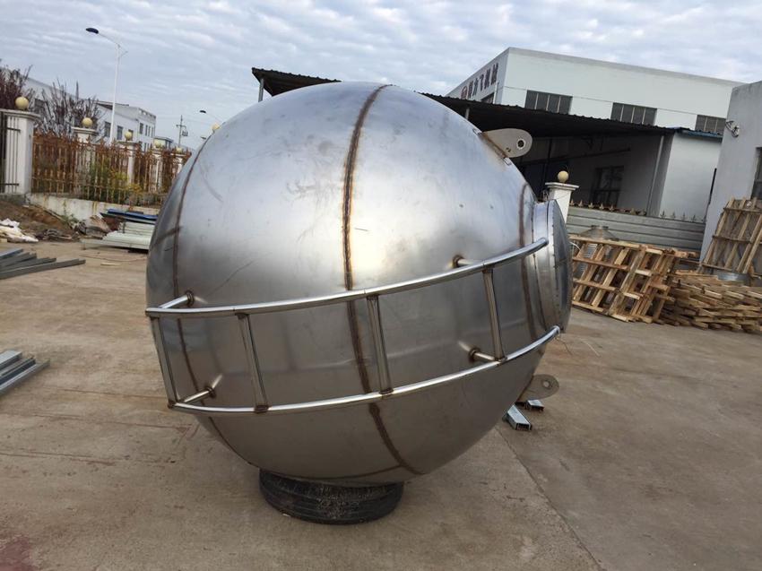 不锈钢球型水箱安装