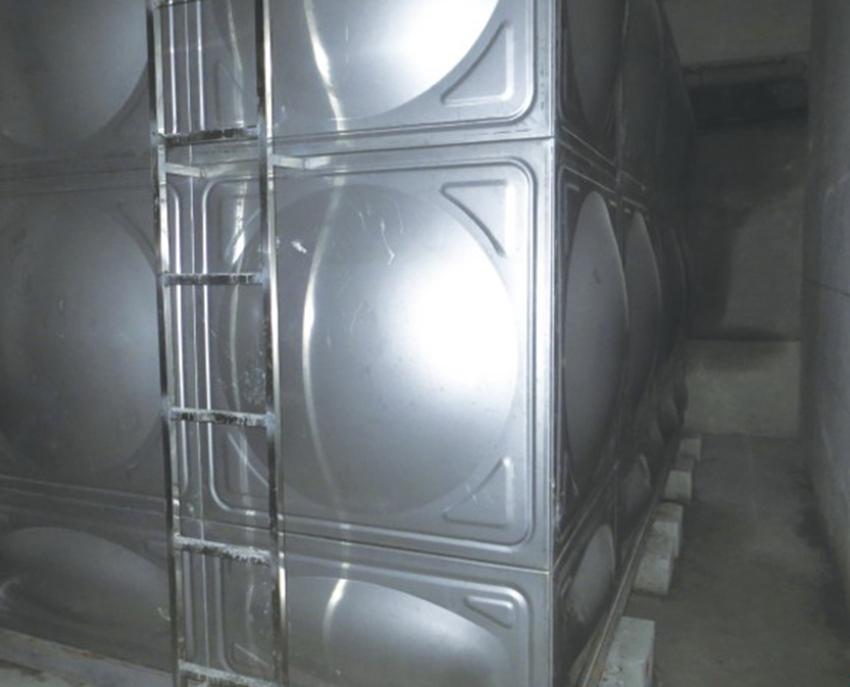 新疆不锈钢水箱厂家