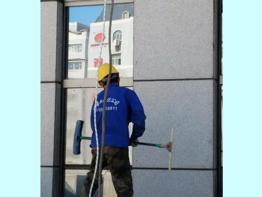 乌鲁木齐外墙清洗服务