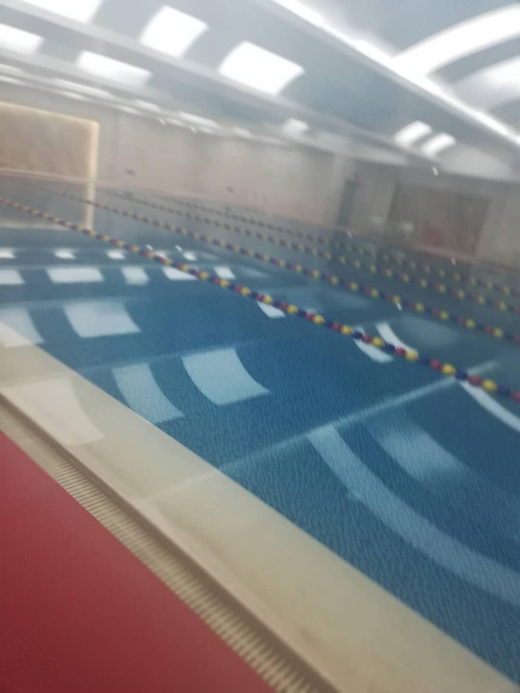 团结路游泳池