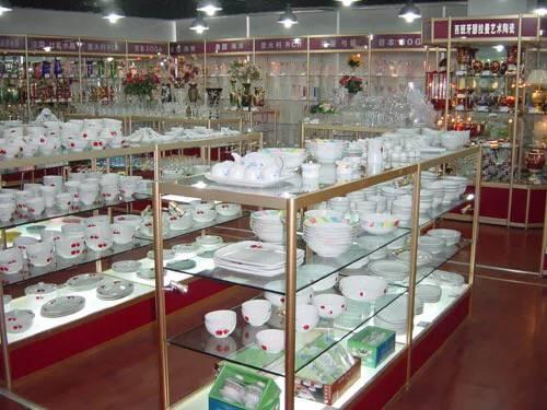 陶瓷工艺品展柜7
