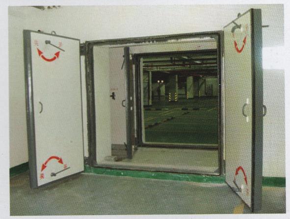 钢结构双扇密闭门