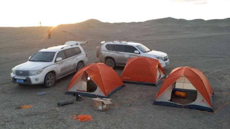 新疆旅游租车价格