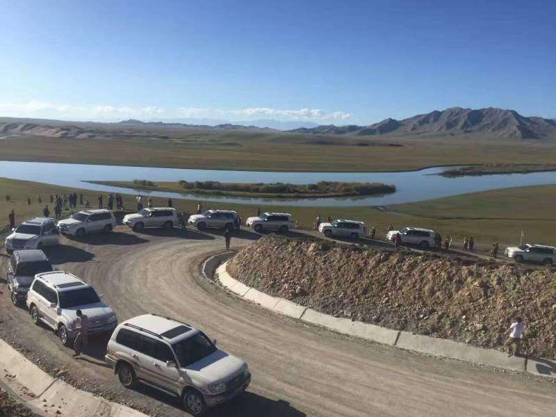 新疆租车旅游路线