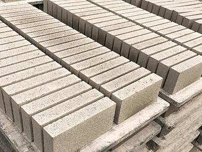 新疆水泥马路砖