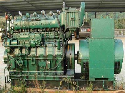 新疆发电机回收公司技术人员来普及一下电瓶保养小常识