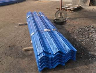 新疆护栏网厂家为您介绍新疆不锈钢网种类工艺和用途