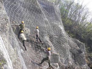 新疆护栏网厂家和新疆不锈钢丝网为您介绍钢丝网