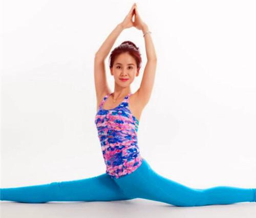 新疆瑜伽教练培训中心