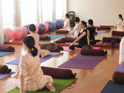 产后瑜伽培训