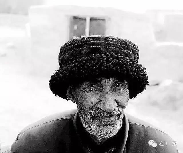 新疆专业旅游摄影团