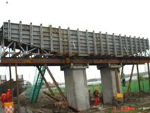 桥墩盖梁模板中铁一局明水至哈密高速公路应用