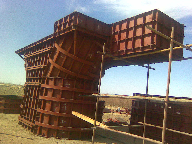 铁路桥墩模板中铁十局奎屯至北屯铁路应用