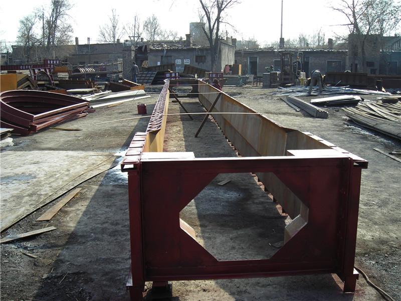 20米空心板梁模板