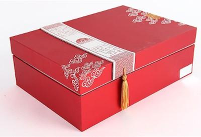 新疆包装箱厂家为新进员工普及纸箱包装过程中不可忽视的重要因素