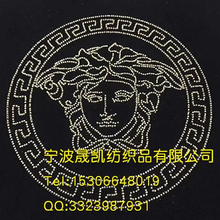 珠子绣圆形花纹图案