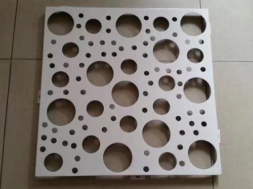 枫烨大堂冲孔包柱铝单板