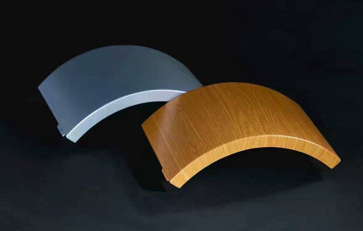 定制 弧形铝单板