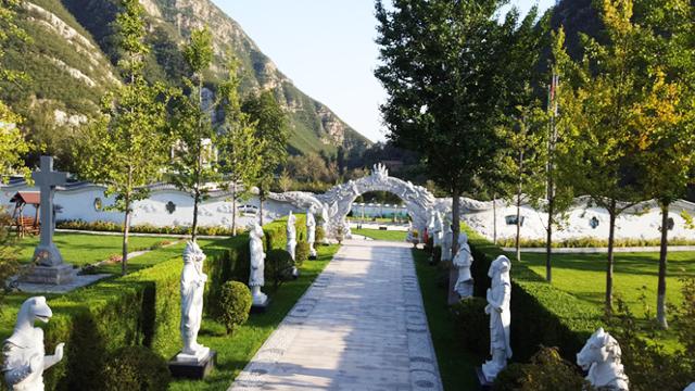 北京桃峰园陵园