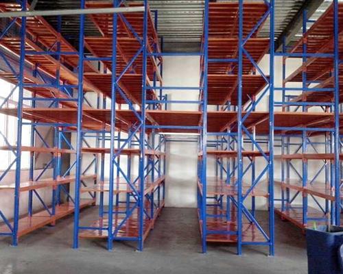仓储三立柱货架设备