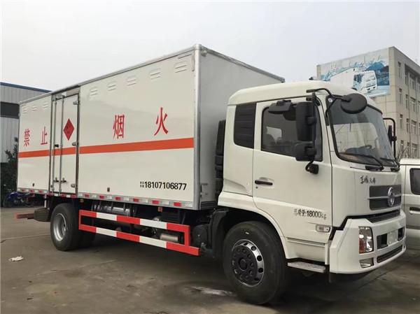 东风天锦6米烟花爆竹运输车