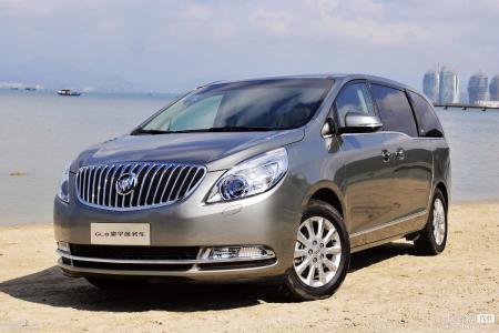 新疆自驾行租车公司