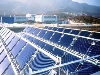 新疆工程学院皇明太阳能热水工程
