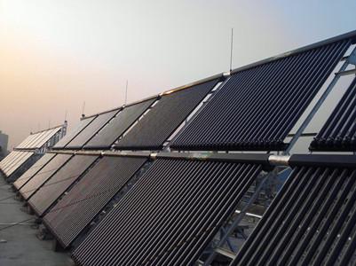 乌鲁木齐万佳兴能源设备有限公司是专业的新疆太阳能热水工程公司