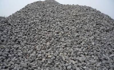 石灰石制砂机厂家讲解什么样的石料更受人欢迎