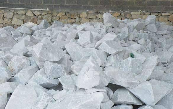 碳酸钙生产厂家说碳酸钙和滑石粉应用一样但区别很大