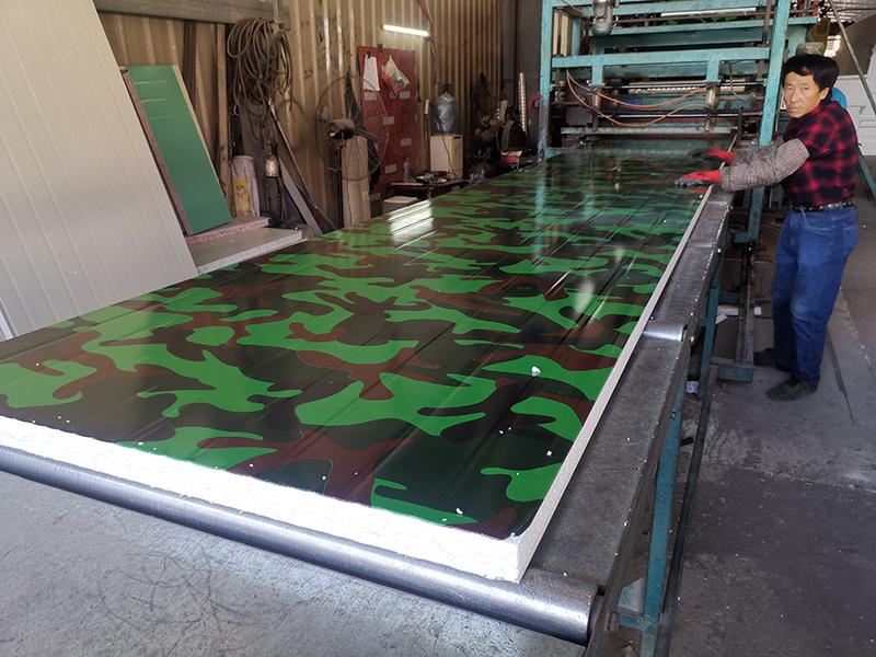 净化彩钢板厂家浅谈净化彩钢板的防火性能