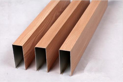 福建型材铝方通安装过程中发现缝隙怎么去处理?