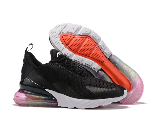 高帮运动鞋