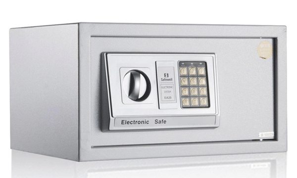 现在生活富足了,家用保险柜成为了家庭必备物品