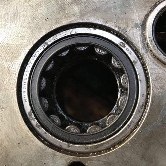 螺杆机轴承维修