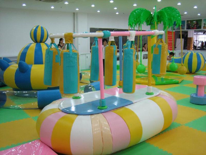 室内儿童游乐设备游玩时的注意事项有哪些