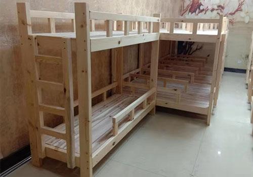 实木家具厂家:教您如何鉴别好的实木家具!