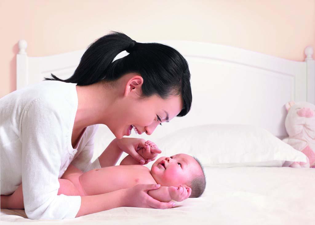 月嫂和育儿嫂千万别忽视宝宝穿衣的问题!