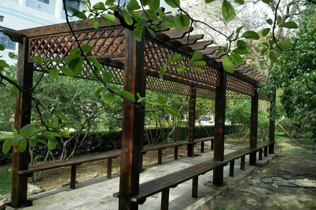 南阳防腐木长廊