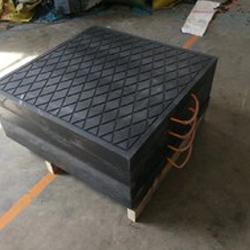 聚乙烯支腿垫板