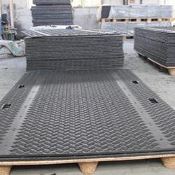 黑色聚乙烯耐磨铺路板