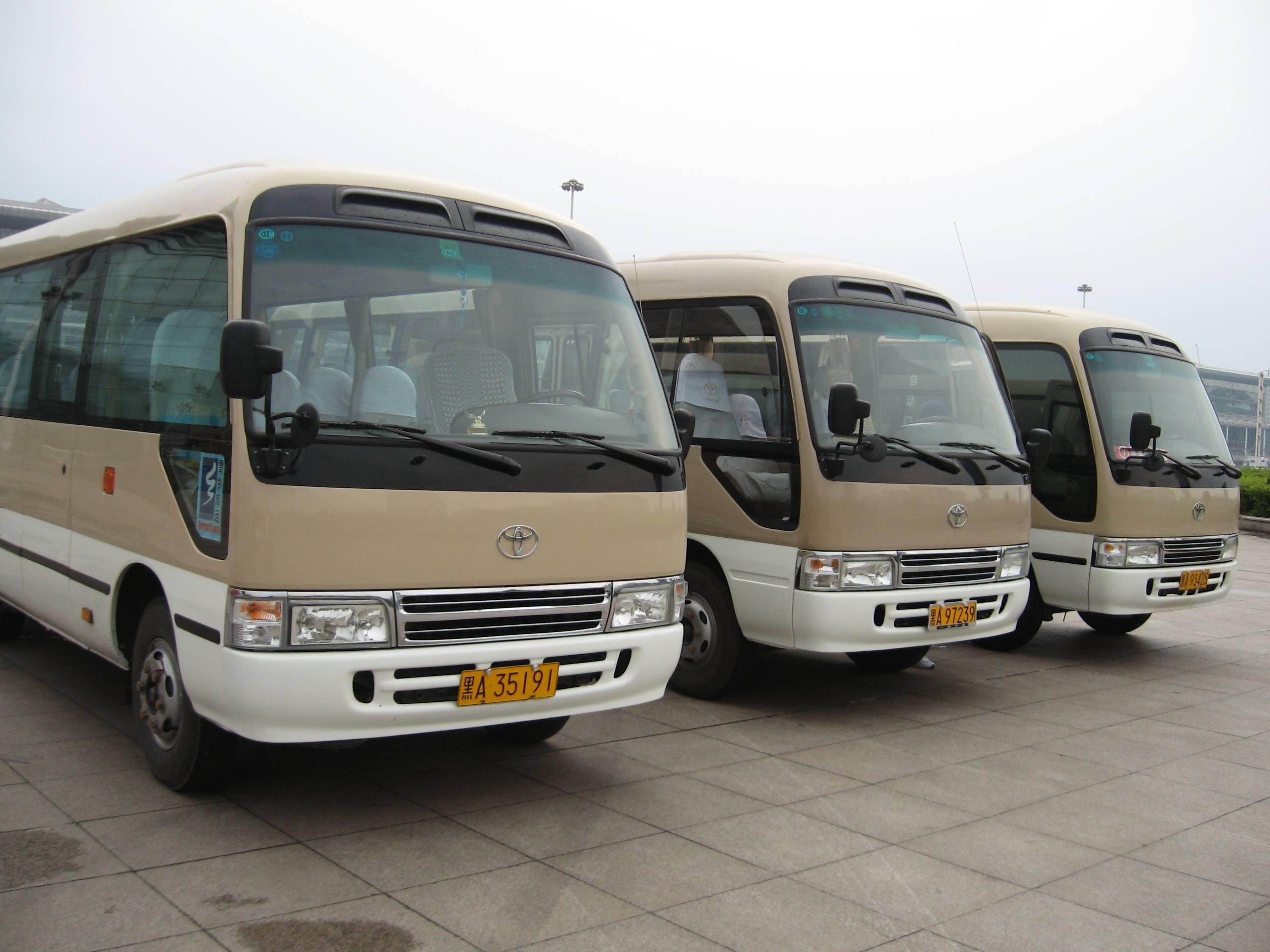 西安中巴车包车